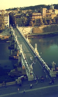 Ponte Sant'Angelo, Rome, Italy (by Antonio Torres Ochoa)