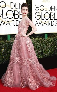 Lilly Collins in Zuhair Murad Couture. Golden Globes 2017