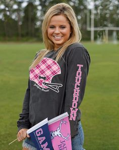 Order one of our SUPER COMFY & SUPER CUTE longsleeves just in time for fall! Check out our collection at WWW.JADELYNNBROOKE.COM