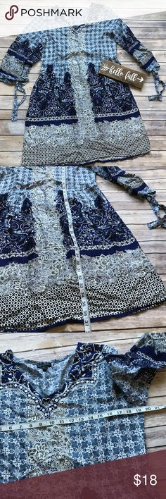 Bella Moda Paisley Dress Size Large Like new blue print dress with tied sleeves and cinched waist. This dress is perfect for any occasion! 💠From a clean and smoke free home!💠 Add to a bundle to get a private discount💠Free Gift with $25+ Purchase 💠 Discount ALWAYS Available on 2+ items💠 No trades, holds, modeling or transactions off of Poshmark.💠 Bella Moda Dresses