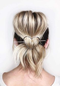 45 Pretty Bridal Blonde Updo Hairstyles for 2018. A list of fresh and chic wedding and bridal updos to wear in 2018. Ladies who are going to get marry and are looking for best ideas of updos to wear on their big day, they are advised to visit here for amazing trends of blonde updo haircuts. Browse here and pick up these ideas of wedding updos to sport nowadays.