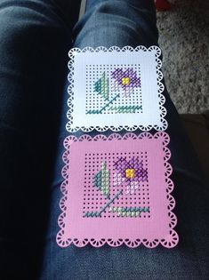 Tiny Cross Stitch, Cross Stitch Cards, Cross Stitch Flowers, Cross Stitch Designs, Cross Stitch Patterns, Stitching On Paper, Cross Stitching, Cross Stitch Embroidery, Embroidery Cards