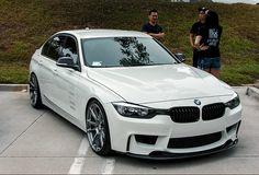 BMW F30 in alpine white