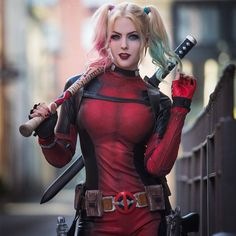 Harley Quinn from DC Comics (Deadpool Version) cosplay by Maid of Might Cosplay Deadpool Cosplay, Lady Deadpool, Deadpool Halloween Costume, Cosplay Marvel, Harley Quinn Cosplay, Female Cosplay, Dc Cosplay, Dc Comics, Amazing Cosplay