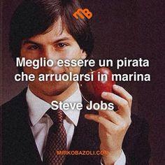 Lo so, è fuori moda ormai, ma questa foto vecchia e questa citazione so che vi mancavano! #citazioni #stevejobs #motivazione #pensiero #parolesante #saggio #italianblogger