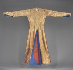 India, Calcutta, Men's coat with a hamsa in its lining Baghdadi Jews, brocaded silk, gilt cords embroidery, late 19th century