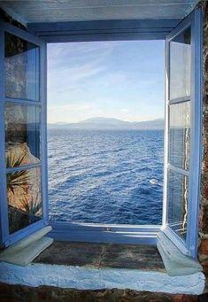 Alluring ocean view in Santorini, Greece