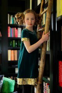 I Love Gorgeous green velvet dress for autumn 2010 #kidspartyfashion
