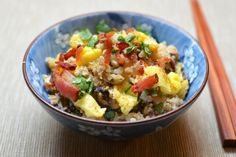 Asian Cauliflower Fried Rice from Nom Nom Paleo. Considering trying out some Paleo diet recipes. Nom Nom Paleo, Primal Recipes, Real Food Recipes, Healthy Recipes, Paleo Meals, Healthy Tips, Healthy Meals, Asian Recipes, Cauliflower Fried Rice