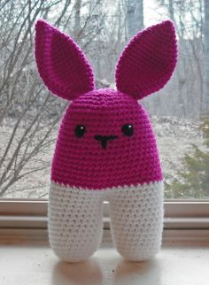 Hot pink bunny - pattern by by Lucia Lanukas