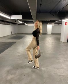 AESTHETIC - dm for removal or credits Aesthetic Fashion, Aesthetic Girl, Aesthetic Clothes, Aesthetic Statue, Fashion Photo, Girl Fashion, Fashion Outfits, Trendy Fashion, Retro Outfits