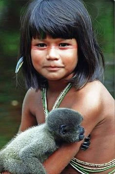 Beauty of Brazil and its indigenous peoples Precious Children, Beautiful Children, We Are The World, People Around The World, Beautiful World, Beautiful People, World Cultures, Little People, Belle Photo