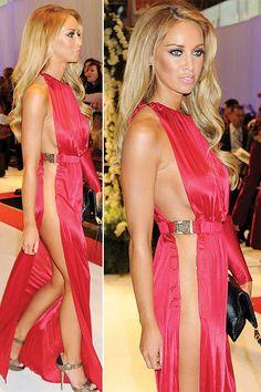 Now theres a dress you'd need a c-string for.    Lauren Pope on the red carpet