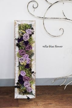 Modern Flower Arrangements, Artificial Flower Arrangements, Paper Flower Wall, Paper Flowers Diy, Flower Boxes, Flower Frame, Picture Frame Wreath, Moss Decor, Easter Flowers