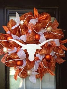 HOOK 'EM HORNS Mesh Wreath by GlitzyWreaths on Etsy