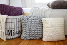 Chunky Throw Pillow Set Easy Knitting pattern for beginners by Knifty Knittings