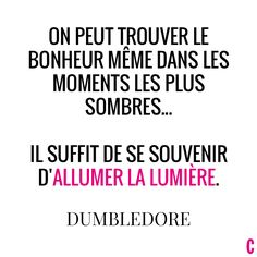 Une pensée pour ma mamie au ciel ❤️! Citation Dumbledore, Citation Harry Potter, Albus Dumbledore, Harry Potter Quotes, Citations Souvenirs, Harry Potter Francais, Citations Film, Harry Potter Classroom, Harry Potter Universal