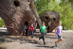 Students running through Patrick Dougherty Sculpture US Fish and Wildlife ...  bosqueschool.org