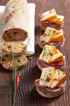 Französische Mini-Sandwiches - Another! Mini Sandwiches, Healthy Sandwiches, Finger Food Appetizers, Finger Foods, Appetizer Recipes, Appetizer Ideas, Dinner Recipes, Sandwich Vegan, Sandwich Recipes