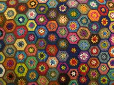Ravelry: hex granny square pattern by Wendy Harbaugh