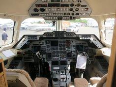 Hawker 1000 cockpit - British Aerospace 125