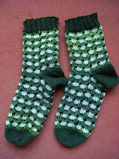Ravelry: Sheep socks pattern by Sandra Jäger