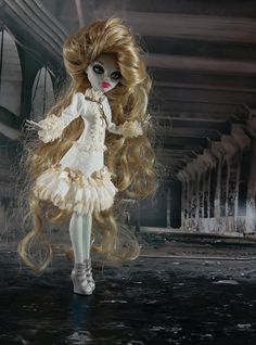 Monster High doll outfit  ivory and beige romantic by JonnaJonzon, $19.50