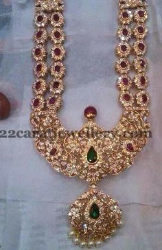 Latest Collection of best Indian Jewellery Designs. Indian Jewelry Sets, Indian Wedding Jewelry, India Jewelry, Bridal Jewelry, Gold Jewelry, Jewelery, Fine Jewelry, Ruby Necklace Designs, Antic Jewellery