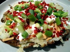 Vegan Loaded Baked Potato!  Yes please!!!!  Dinner in under 10 minutes or a tasty side dish for summer barbecues!