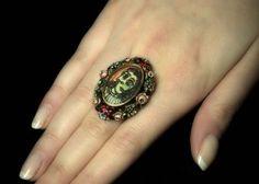 Sale a subasta por 570.000 euros el anillo que Picasso hizo para Dora Maar