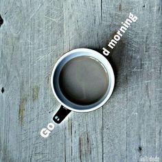 E chi la capisce è  bravo. Buongiorno. #ca_puccino #breakfast #womoms_breakfast #photobreakfast #colazioneitaliana #colazionetime #snap_ish #photobreakfast #moka_lovers #coffeelover #caffè #1_cafe #unatazzadicaffe #coffeegram #goodmorning #buongiorno #december  #autumn #dilloconuncaffe #tuseivergnano  #coffeeshots #coffeesesh #breakfastistheway #ilcolazionista #acolazionenonsiparla #cafecominstagram