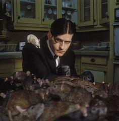 Crispin Glover in the movie Willard (the rat king)
