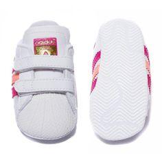 brand new ab7ac 4ec20 New adidas originals superstar shelltoe baby girls white pink crib shoe Size  1-3
