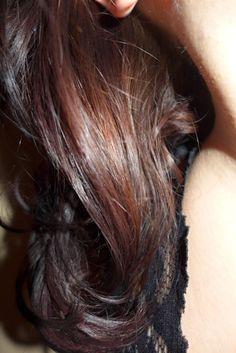 henna na vlasy-hennování-barvení hennou-malushop.cz