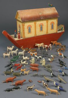 Noah's Ark ~ The boat bottom ark, shown here, was the most elaborate and costly to produce and is the most valued by collectors.