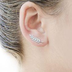 Earrings Yiustar Flower Ear Cuff Lily Ear Climber Earrings Unique Fashion Women Ear Crawler Plant Earrings Pin Fancy Wedding Jewelry Gift