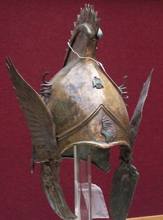 Not just an armor nor just a knight - ancientpanoply: Winged greek Phrygian helm, from 400 BC Ancient Armor, Medieval Armor, Vanitas, Greek Helmet, Greek Warrior, Arm Armor, Ancient Artifacts, Ancient Greece, Ancient History