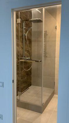 Washroom Design, Bathroom Design Luxury, Modern Bathroom Design, Interior Design Kitchen, Bedroom False Ceiling Design, Room Design Bedroom, Casa Top, Toilette Design, Washbasin Design