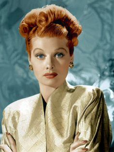 1940- Her hair is amazing and she is gorgeous! Lucille Ball. #Style #Classic