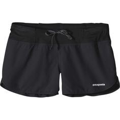 Patagonia Strider Pro 3in Running Short ($44) ❤ liked on Polyvore featuring activewear, activewear shorts, shorts, bottoms, logo sportswear, patagonia sportswear and patagonia