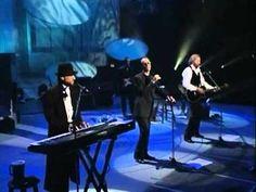 Bee Gees : Still waters