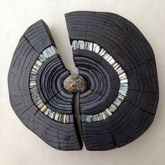 Burnt wood sculpture ideas for 2019 Wood Mosaic, Mosaic Art, Mosaic Glass, Stone Mosaic, Driftwood Projects, Driftwood Art, Wood Sculpture, Wall Sculptures, Sculpture Ideas