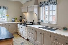 oak and painted elephants breath harborough kitchens Chris Kitchen, Big Kitchen, Shaker Kitchen, Kitchen Units, Kitchen Doors, Kitchen Paint, Kitchen Redo, Kitchen Cabinets, Kitchen Ideas