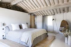La camera da letto nel casale toscano #mansarda #attic