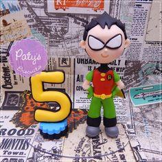 Topo com vela Robin - Jovens Titãs em Ação - Paty's Biscuit