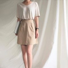 Minimalist fashion work skirt New Ideas Look Fashion, Fashion Outfits, Normcore Fashion, Mode Ulzzang, Style Feminin, Look Office, Casual Outfits, Cute Outfits, Mein Style