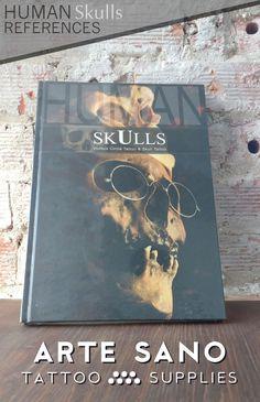"""Ya disponemos en stock otra vez del libro """"Human Skulls Reference"""" de Vicios Circule Tattoo & Shull Tattoo. Un libro dónde encontraras cientos de referencias de cráneos humanos para inspirarte a la hora de diseñar tus tatuajes. Encuéntralo en: https://www.artesanotattoosupplies.com/p1597487-human-skulls-por-vicious-circle-tattoo-skull-tattoo.html"""