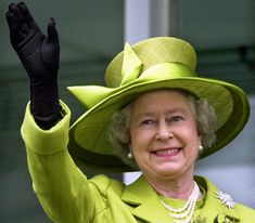 Inventory: Queen Elizabeth's Green Hats | Royal Hats