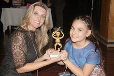 """♥ Peça encenada por Bia Passos é Premiada como """"Melhor Espetáculo"""" ♥  http://paulabarrozo.blogspot.com.br/2014/10/peca-encenada-por-bia-passos-e-premiada.html"""