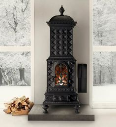 If you wish for a stove to add to the warmth of your home, you have a warm, reliable and faithful friend in the Royal Viking. Vikings, Classic Fireplace, Cast Iron Stove, Nordic Style, Inspired Homes, Home Decor Inspiration, Decor Ideas, Halle, Interior And Exterior